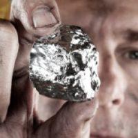 Dlaczego warto inwestować w srebro?