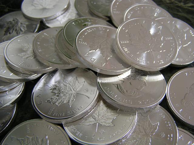 Polskie srebrne monety kolekcjonerskie dały tysiące procent zysku