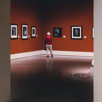 Jak inwestować w dzieła sztuki i inne zabytkowe przedmioty kolekcjonerskie